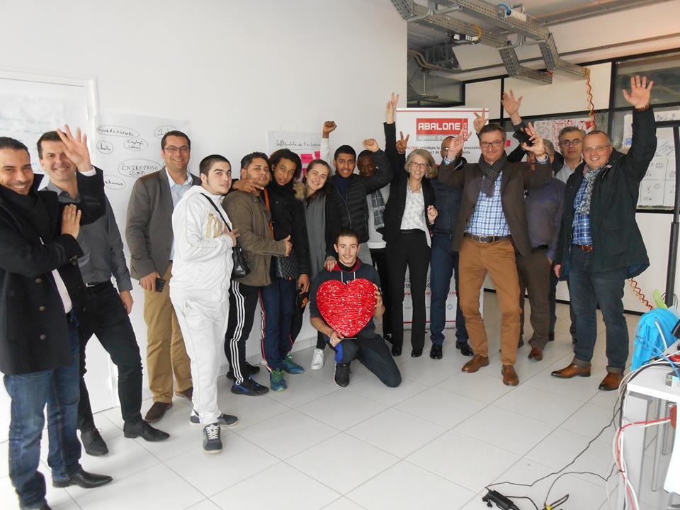Les jeunes du Réseau Etincelle chez Abalone France